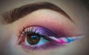 The makeup trend we never knew we needed: UNICORN EYELINER