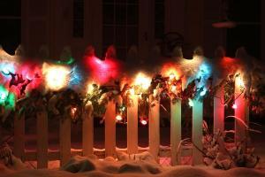 Crazy! Mum faces wrath of neighbours over CHRISTMAS lights