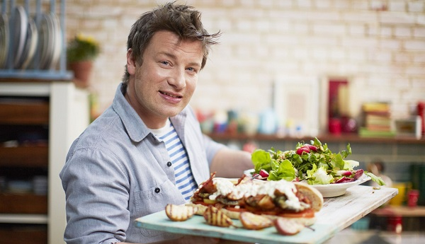 Jamie Oliver criticised for controversial 'easy' breastfeeding ...